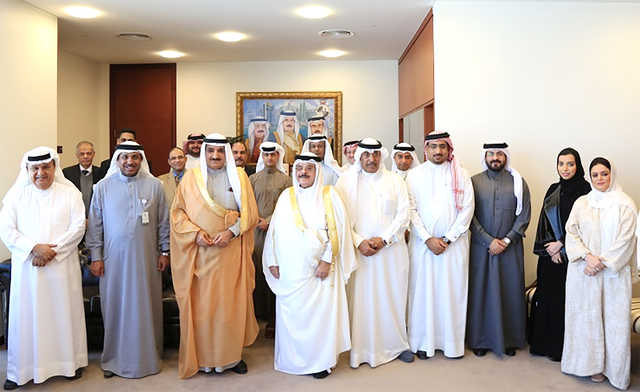 <p>Survey and Land Registration Bureau (SLRB) president Shaikh Salman bin Abdulla Al Khalifa and officials paid tribute to SLRB director general Shaikh Abdulrahman bin Ali Al Khalifa, who is retiring after 40 years' service, during an honouring ceremony.</p>