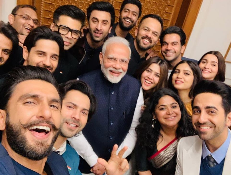 Bollywood: Photos: Indian PM Narendra Modi meets young Bollywood stars