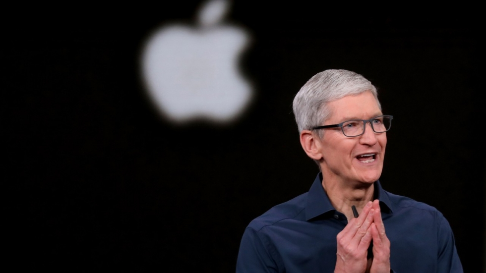 Health: Tim Cook: Apple will launch more healthcare ...