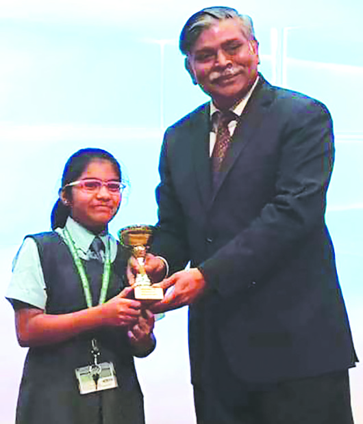 <p><em> Mr Sinha honouring the winners.</em></p><p>Students from several schools teaching India's Central Board of Secondary Education curriculum in Bahrain celebrated Vishwa Hindi Diwas at the Indian Embassy complex in Seef District.</p><div>Literary competitions were conducted by the embassy, with students showcasing their talent in poetry recitation, solo singing, handwriting and slogan writing, among others. </div><div><br></div><div>New Millennium School students Parthi Jain, of Class VI, won the first prize in poetry recitation, Harapriya S Patil won the second prize in handwriting and Ira Bishnoi Khanna, of Class IX, won the third prize in solo singing. </div><div><br></div><div>Indian Ambassador Alok Kumar Sinha distributed prizes to the winners. </div><p><em><br></em></p>