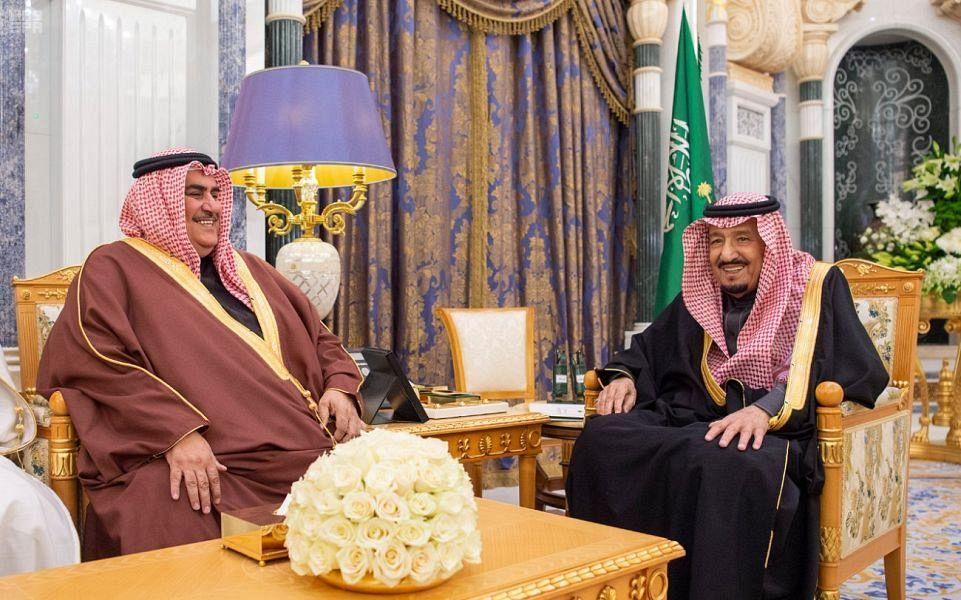 Saudi King receives Bahrain's Foreign Minister