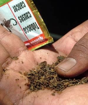 Expat in Salalah sold chewing tobacco to minors
