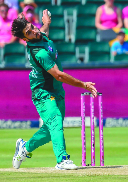 Pakistani bowlers star in fine victory