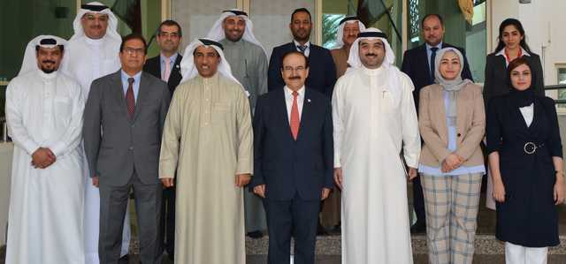 <p>Electricity and Water Affairs Minister Dr Abdulhussain Mirza met parliament's financial and economic affairs committee chairman Ahmed Al Amer and members.</p> <p>He gave a presentation on Bahrain's achievements in renewable energy and energy efficiency, as well as projects implemented in this area.</p> <p>He also spoke of the progress made in encouraging utilisation of clean energy and activating its use for sustainable energy and green environment.</p>