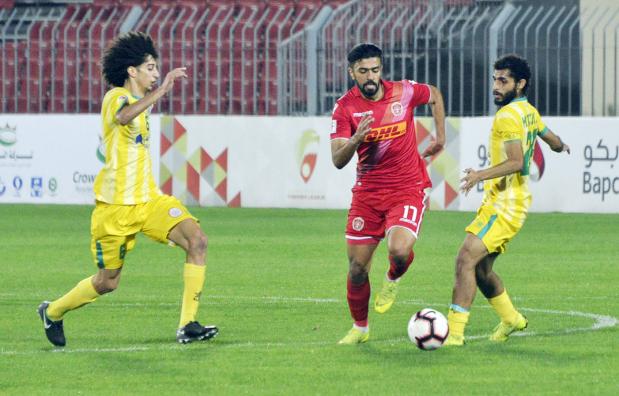 Nasser bin Hamad Football Premier League: Hidd strike late to hold Riffa