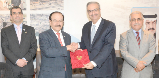<p>Electricity and Water Affairs Minister Dr Abdulhussain Mirza and Bahrain Society of Engineers president Dr Dheya A Aziz Tawfiqi signed an agreement to hold the 'International Sustainable Energy Event 2019 (iSEE 2019): Fostering Bahrain's Sustainable Future'.</p> <p>iSEE 2019 will be the first annual event in a new series organised by the Sustainable Energy Unit in partnership with the society.</p> <div>It will be held under the patronage of Dr Mirza on April 17 and 18 at the Gulf Hotel Bahrain Convention and Spa.</div>