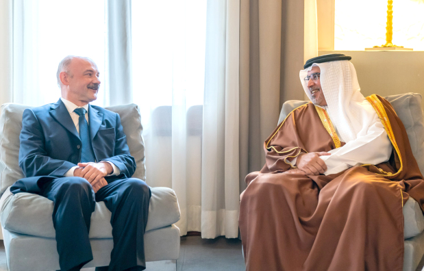 <p>His Royal Highness Prince Salman bin Hamad Al Khalifa, Crown Prince, Deputy Supreme Commander and First Deputy Prime Minister yesterday received newly appointed Russian Ambassador Igor Kremnev, at Riffa Palace.</p> <p>They discussed the steady growth of bilateral ties and highlighted the importance of further developing partnerships across various sectors. Regional and international developments were discussed.</p>