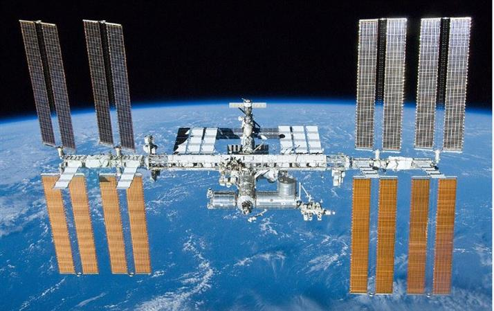 Leaky space toilet forces ISS crew into cleanup operation