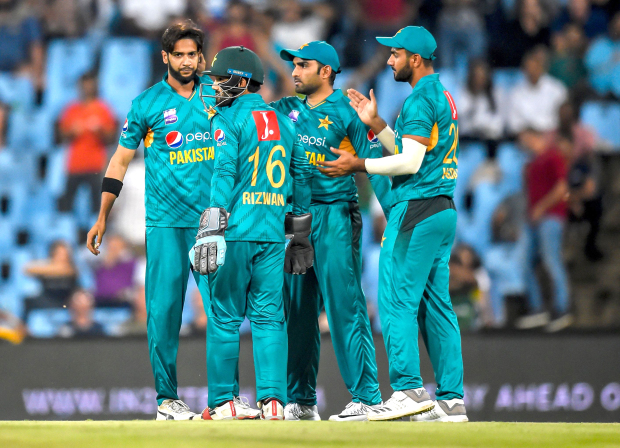 Pakistan seal easy win over South Africa in last T20 match