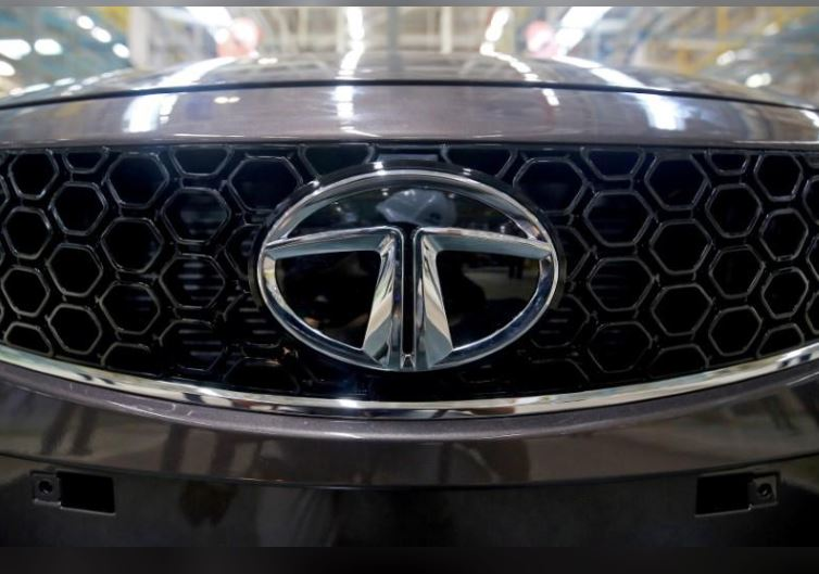 Tata Motors cuts profit margin outlook for JLR over Brexit, China woes