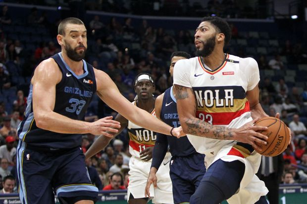 NBA roundup: Davis sits out end of Pelicans' tight win
