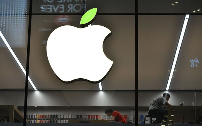 Apple to ship iPhones with only Qualcomm chips to German stores