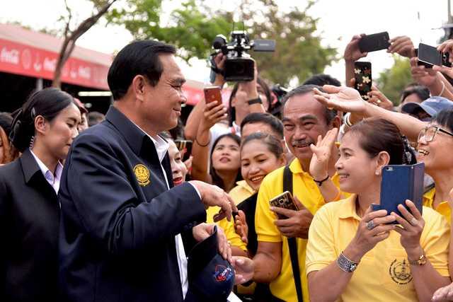 Thai junta shoots down proposal to slash defence spending
