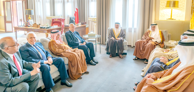 <p>Deputy King His Royal Highness Prince Salman bin Hamad Al Khalifa yesterday received Bahrain Red Crescent Society board members, led by chairman Shaikh Khalid bin Abdulla Al Khalifa, and stressed royal support to humanitarian efforts that promote charity and voluntary. </p>