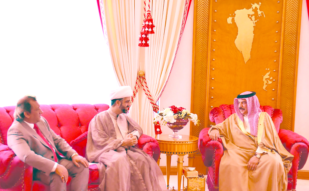 His Majesty King Hamad yesterday received Dr Mohammed Taher Ibn Al Shaikh Sulaiman Al Madani and poet Mohammed Hadi Al Halwachi. He praised their efforts in religious and literary fields, reaffirming Bahrain's pride in the patriotic services of all Bahrainis.
