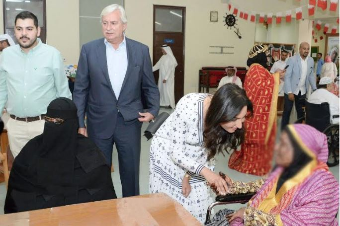 <p>A group of volunteers from National Bank of Bahrain (NBB) celebrated Eid Al-Fitr at the NBB Home for the Elderly. The celebration included the performance of traditional songs and dances as well as live cooking stations. It also included the presentation of gifts to the elderly.&nbsp;</p>