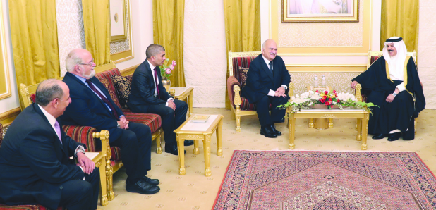 <p>His Majesty King Hamad yesterday received Jordan's Prince Al Hassan bin Talal, accompanied by his son Prince Rashid. The King praised the longstanding ties and co-operation in various fields between the two kingdoms and their people. He pointed out Prince Al Hassan's interest in intellectual, cultural, literary and economic activities aimed at improving the level of Arab thought. The King hosted a dinner banquet in honour of Prince Al Hassan.&nbsp;</p>
