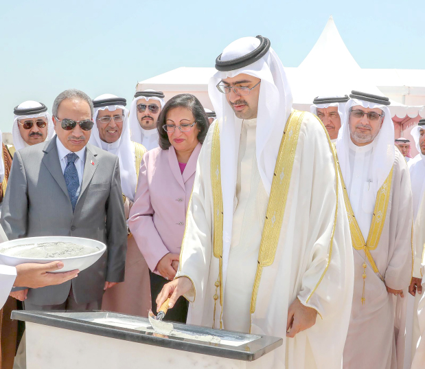 <p><em>Shaikh Khalifa lays the foundation stone for the project.</em></p><p>A new Khalifa Health City Centre project to serve patients in Jaw, Askar and Al Dour was given the go-ahead yesterday.</p><p>Southern Governor Shaikh Khalifa bin Ali Al Khalifa laid the foundation stone for the milestone, the 29th in Bahrain so far.</p><div>Works, Municipalities Affairs and Urban Planning Minister Essam Khalaf, Health Minister Faeqa Al Saleh and senior officials from the public and private sectors attended.&nbsp;</div><div><br></div><div>The project will cost BD5,675,000 and will feature a reception hall, cafeteria, medical warehouse, lab, pharmacy, 12 treatment rooms at the emergency department, 12 consultation clinics, an X-ray section, administration offices on the first floor, six dental clinics and maternity and vaccination departments.&nbsp;</div><p><em><br></em></p>