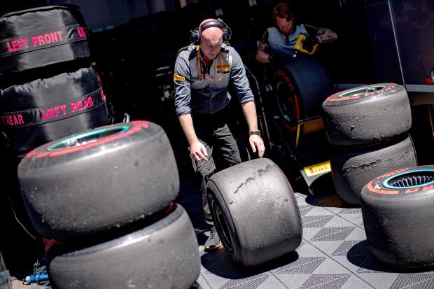 Formula 1 teams reject return to 2018 tyres