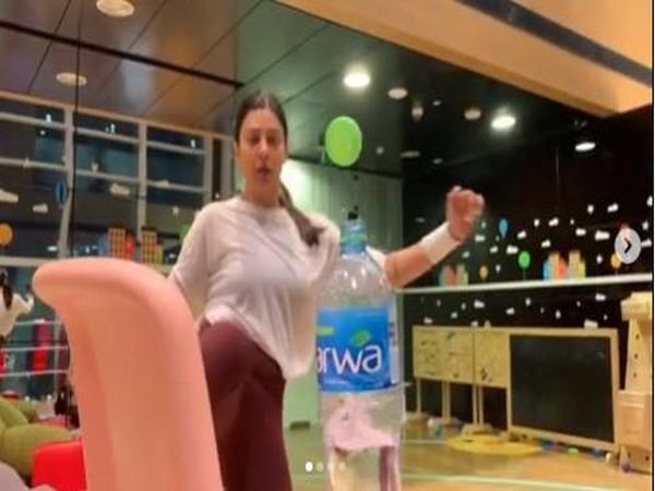 VIDEO: Sushmita Sen takes up #BottleCapChallenge with family