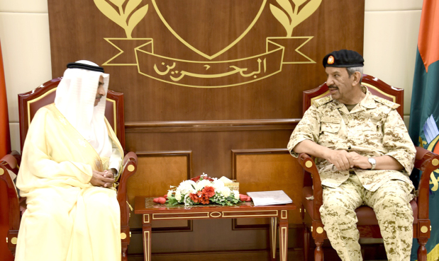<p>BDF Commander-in-Chief Marshal Shaikh Khalifa bin Ahmed Al Khalifa met Saudi Ambassador Dr Abdullah bin Abdul-Malik Al Shaikh and discussed bilateral ties.</p>