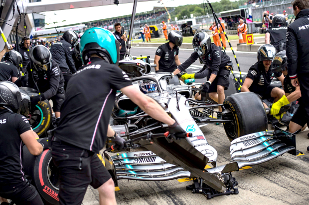 Bottas edges out Hamilton