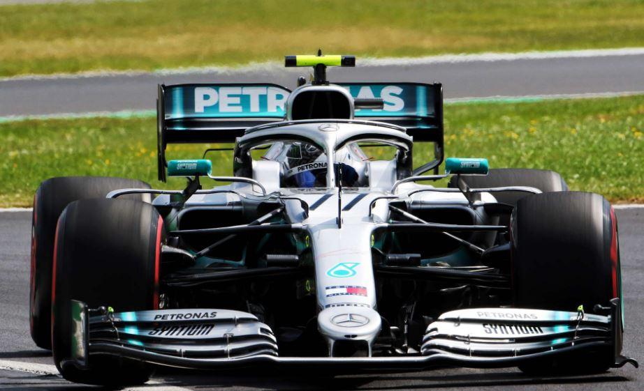 Bottas denies Hamilton his home pole