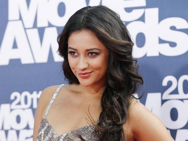 Shay Mitchell confesses she wears diapers!