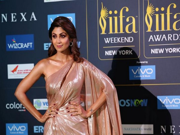 Shilpa Shetty all set for Bollywood comeback!