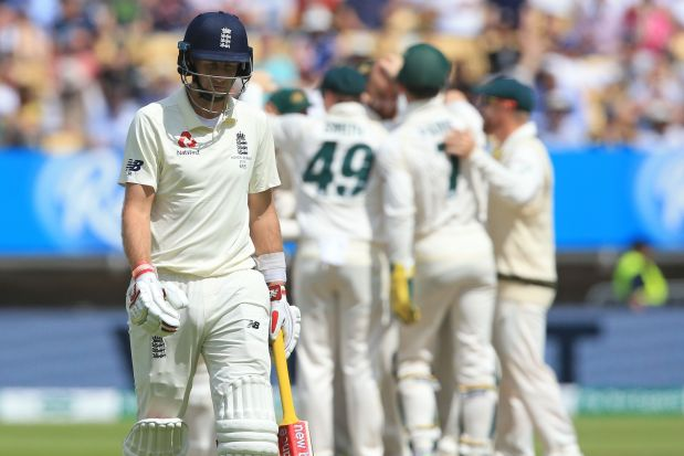 ASHES: England heading for defeat after losing four wickets before lunch