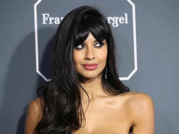 Jameela Jamil asks celebrities, models to stop airbrushing pictures