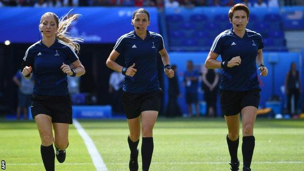 First female referee for Super Cup