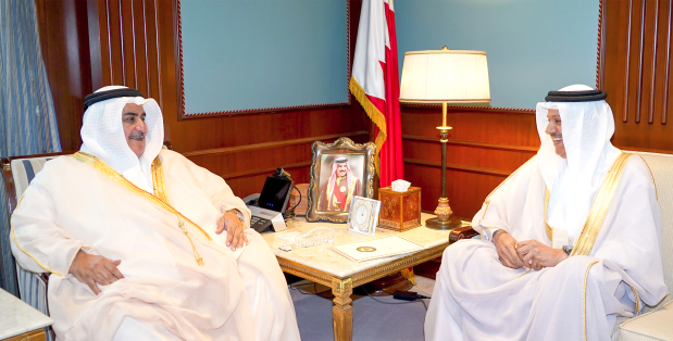 Foreign Minister Shaikh Khalid bin Ahmed Al Khalifa yesterday received GCC Secretary General Dr Abdullatif Al Zayani and discussed efforts to enhance relations with countries as well as with regional and international groups.