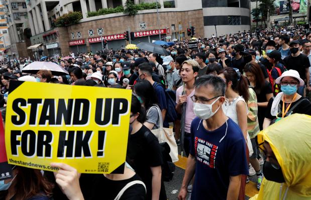Teachers join Hong Kong protests