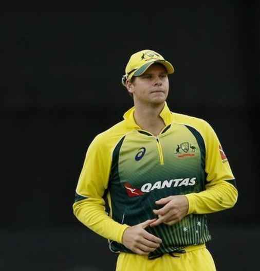 Australia's Smith ruled out of rest of test