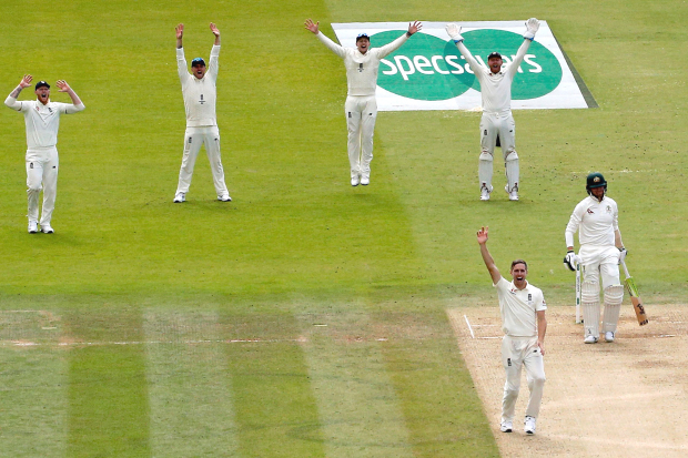 GRIPPING ASHES FINALE! England lead by 104 runs