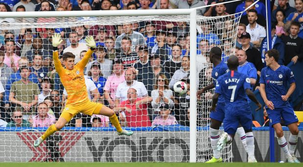 Premier League: Chelsea held 1-1 by Leicester in Lampard's first home match