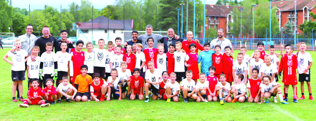 Ole Academy holds camp in Serbia
