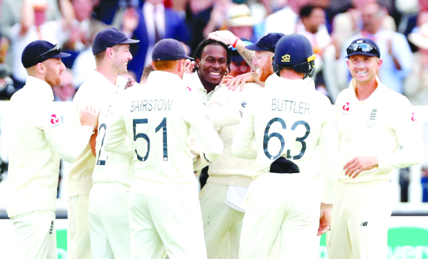 ASHES: England unchanged for Headingley Test