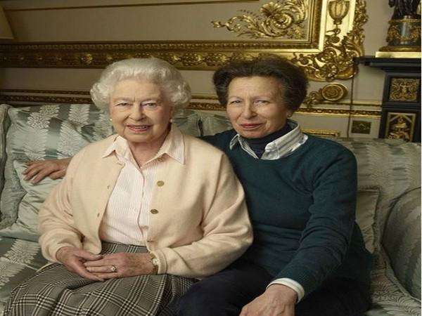 Queen Elizabeth joins Princess Anne for church in Scotland