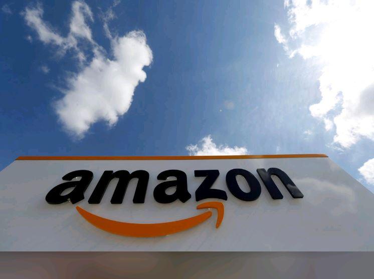 India's top traders' body seeks ban on Amazon, Flipkart's festive season sale