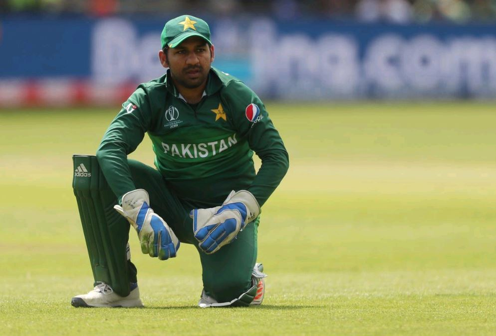 Pakistan retain Sarfaraz as captain