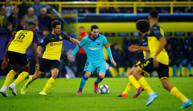 Unlucky Dortmund draw 0-0 with Barca on Messi return, Barella rescues Inter