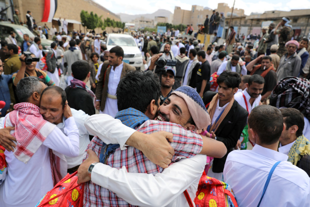 UPDATE: Yemen's Houthis unilaterally release hundreds of detainees