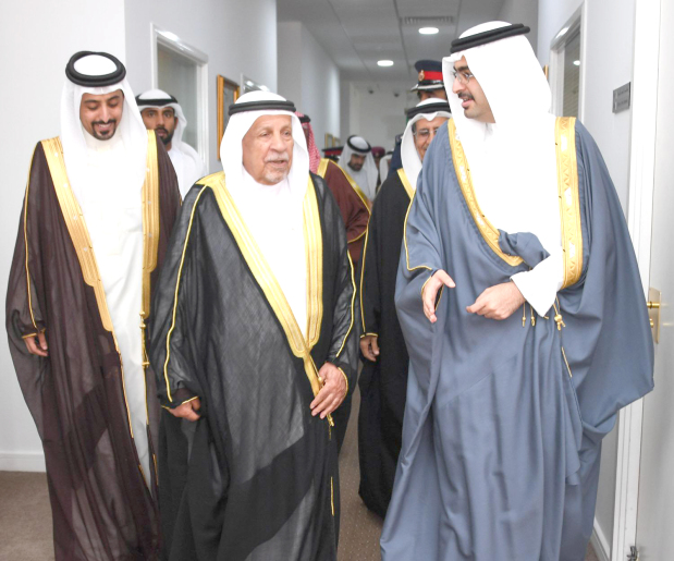<p>Southern Governor Shaikh Khalifa bin Ali Al Khalifa yesterday received dignitaries, senior Interior Ministry officials and officers, as well as media personnel at his weekly majlis.&nbsp;</p> <div>He affirmed that Southern Governorate is constantly co-operating with relevant government departments to follow up on infrastructure projects in Isa Town and other regions.</div>