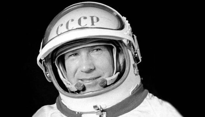 Alexei Leonov, first human to walk in space, dies at 85