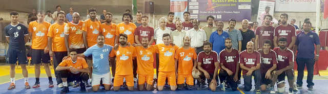 <p>KCA Indian Delights beat KCA Blue Sea 25-23, 25-15, 25-22 in the KCA-Zayani Motors International Volleyball Tournament 2019 at the KCA premises in Segaya. Five international players were part of the teams. Matches are held every day, starting 8pm, and entry is free. Above, the teams.</p>