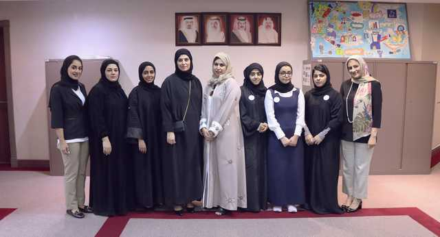 <p>A group of female students are being trained in work skills needed to enter the labour market by the Bahrain Islamic Bank (BisB).</p> <p>The training for the students enrolled under Education Ministry&rsquo;s training programme, Takween, aims to prepare and familiarise secondary-level students with the requirements of the modern workforce through hands-on training across a number of departments at the bank.</p> <p>Above, students who are undergoing training.</p>