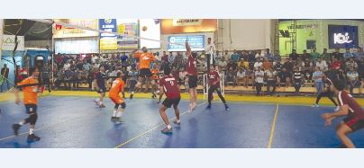 <p>KCA Indian Delights beat KCA Blue Sea 25-23, 25-15, 25-22 in the KCA-Zayani Motors International<br />Volleyball Tournament at the KCA premises in Segaya. Five international players from India<br />took part in the match.</p>