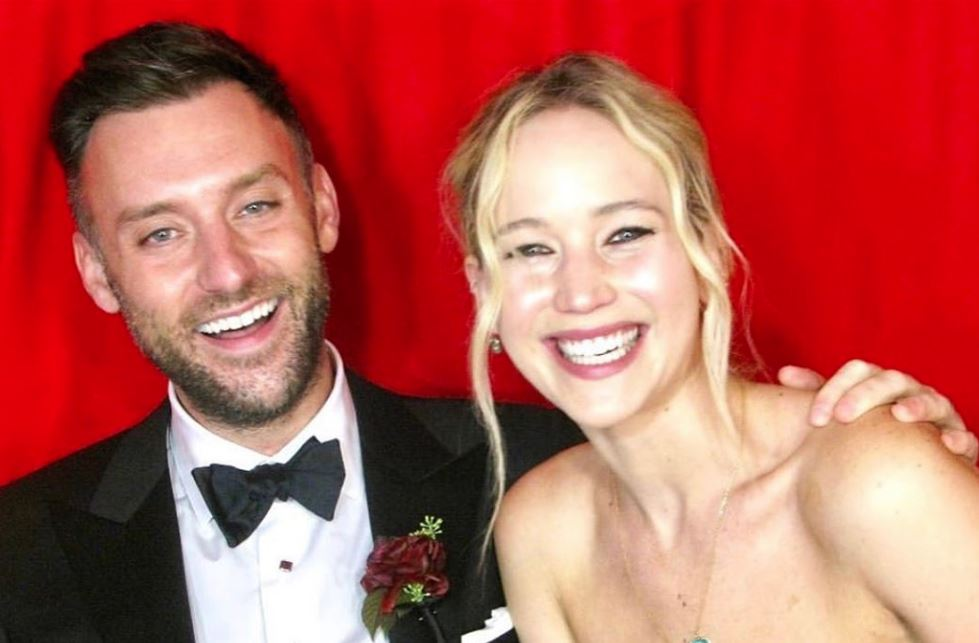 Jennifer Lawrence is officially married